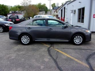 2012 TOYOTA CAMRY 4DR